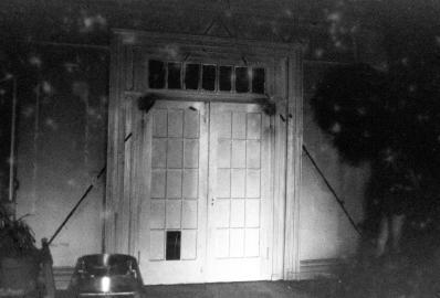 Gordon Matta Clark cut out 207 2nd Avenue NYC Lutzes house 1975 1976